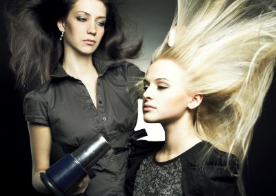 two_ladies_haircut